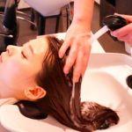 ちゃんとシャンプーで髪の毛を洗えてますか?