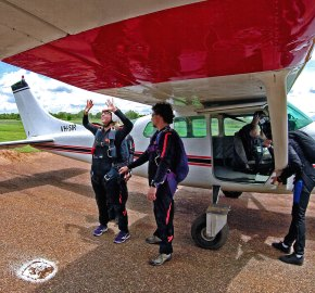 Skydive Territory (Darwin Parachute Club)