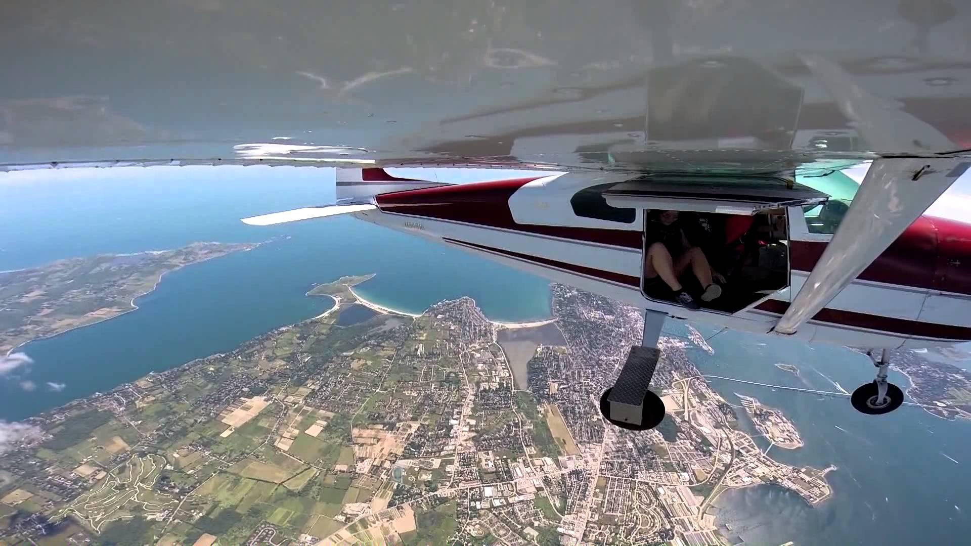 Skydive Newport