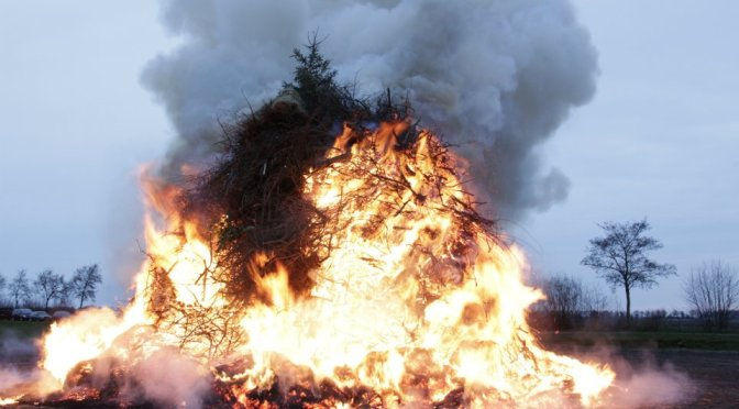 Paasvuur dit jaar op Boerenrockterrein 1e paasdag 5 april