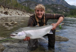Kara_Knight fishing for steelhead