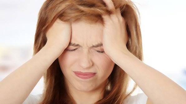 O que é enxaqueca com aura? Sintomas, causas e tratamentos