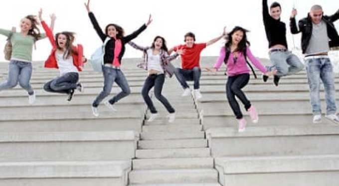 stockfresh 847583 happy university or high school children happy at end of term sizeXS opt - About High School Mediator
