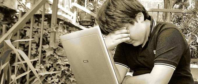 cyber bully - How to Check if Your Child is Bullied Online