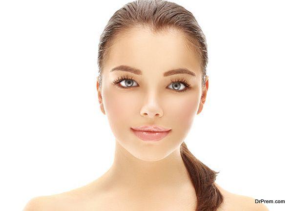 Beauty portrait of a beautiful smiling brunette girl.