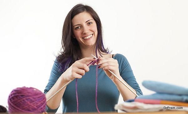 lady knitting