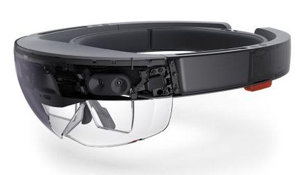 Microsoft HoloLens champion of VR