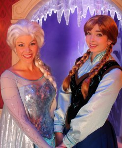 Elsa & Anna, Best Christmas movie, Olaf's Frozen Adventure, Christmas TV show