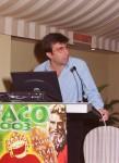 El Prof. Artal presentando en 2003 las Lentes Intraoculares Asféricas