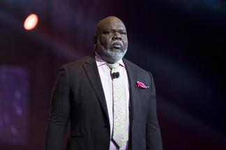 WATCH: T. D. Jakes Says It is 'Foolishness' to Disregard Social Distancing Guidelines 'Just to See If God Has Got You'