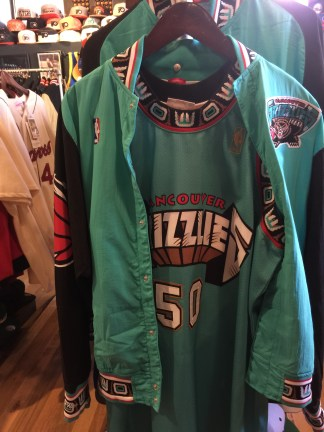 Reeves' 1996-97 jersey and warmup jacket from back when the Grizzlies were in Vancouver