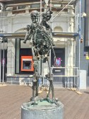A cool statue in the city centre