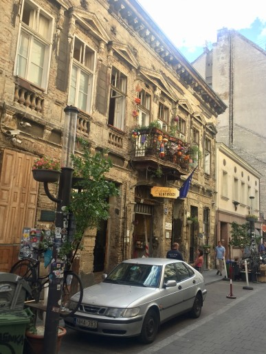 Szimpla Kert from the street