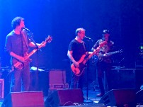 It wouldn't be the last time we'd see Deaner and Les together on stage that night