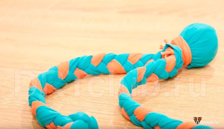 Mainan untuk ubur-ubur anjing