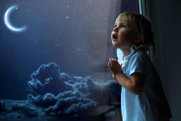 The beauty of Gods Light seen through the wondering eyes of a child.