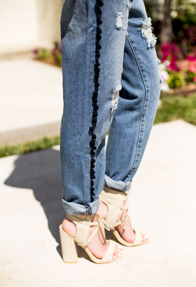 pom pom jeans - ripped jeans - cool outfit