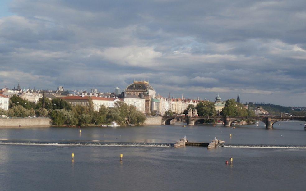 River Cities: Susret u Pragu, Češka