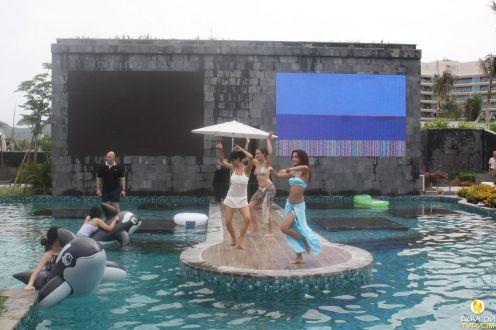 Pool party в отеле MGM Grand