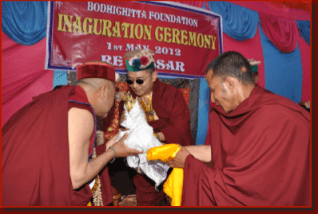 Посвящение Кхенпо Неги Рамеша у Кхамтрула Ринпоче