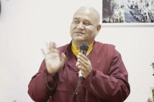 Лама Кхенпо Ачарья Неги Рамеш из монастыря Таши Джонг