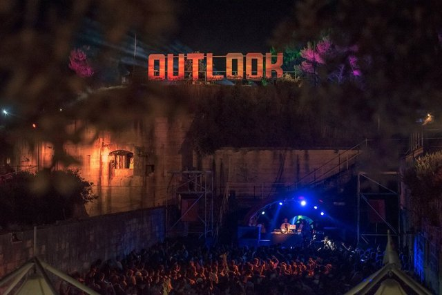 Outlook 2017 - foto door: Samuel-Kirby