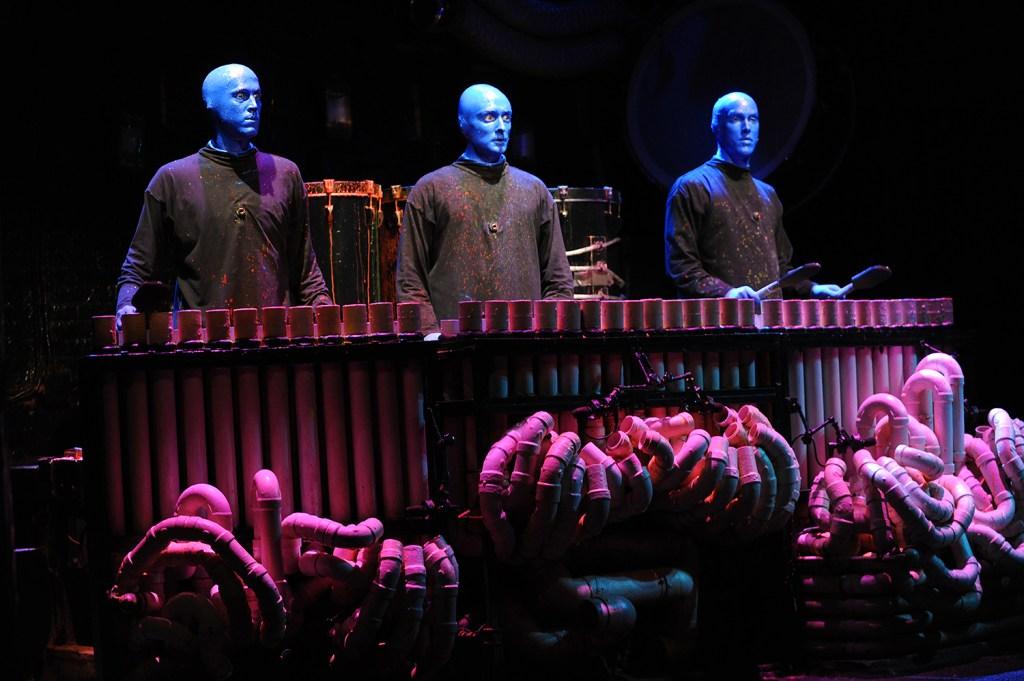 BLUE-MAN-GROUP_EDDIE-MALLUK_7