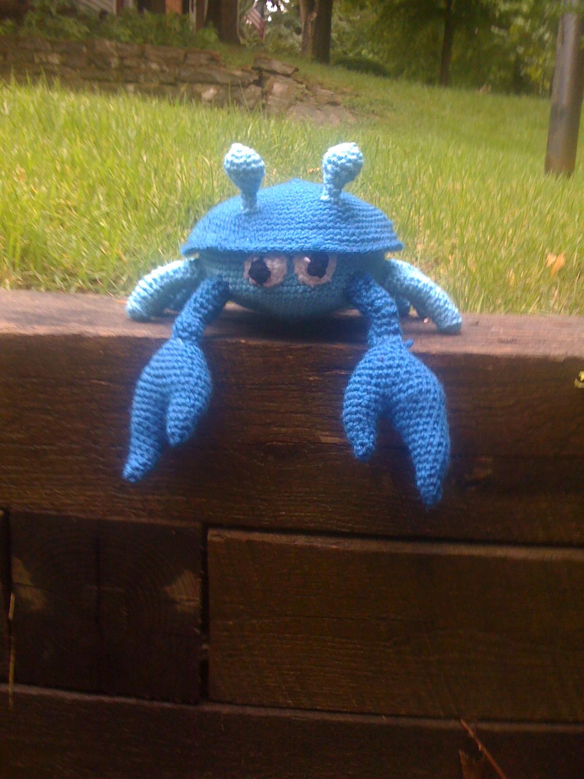 Sheldon the Crab – free crochet pattern