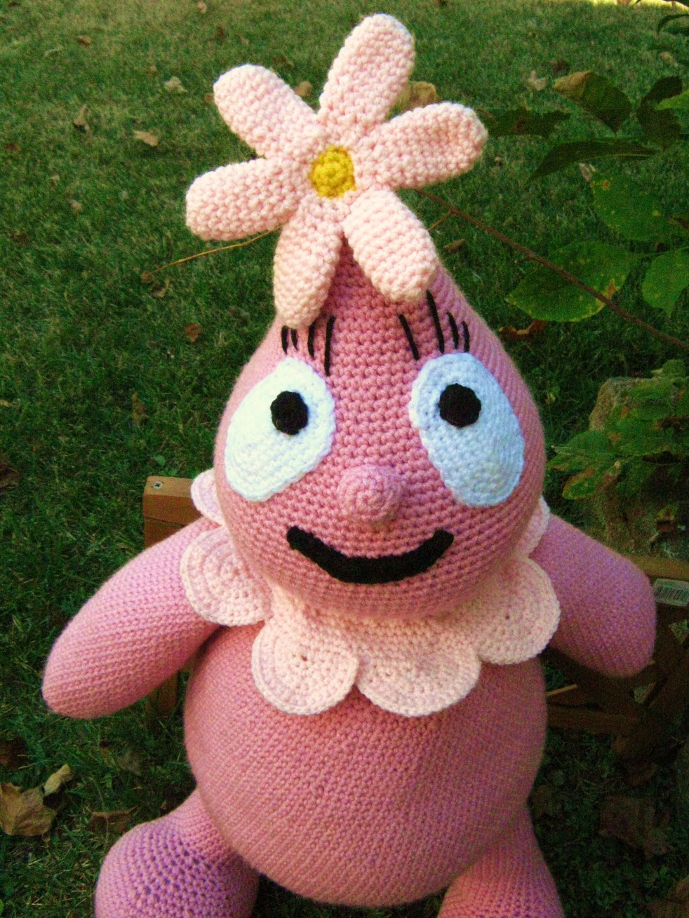 Crocheted plush foofa large