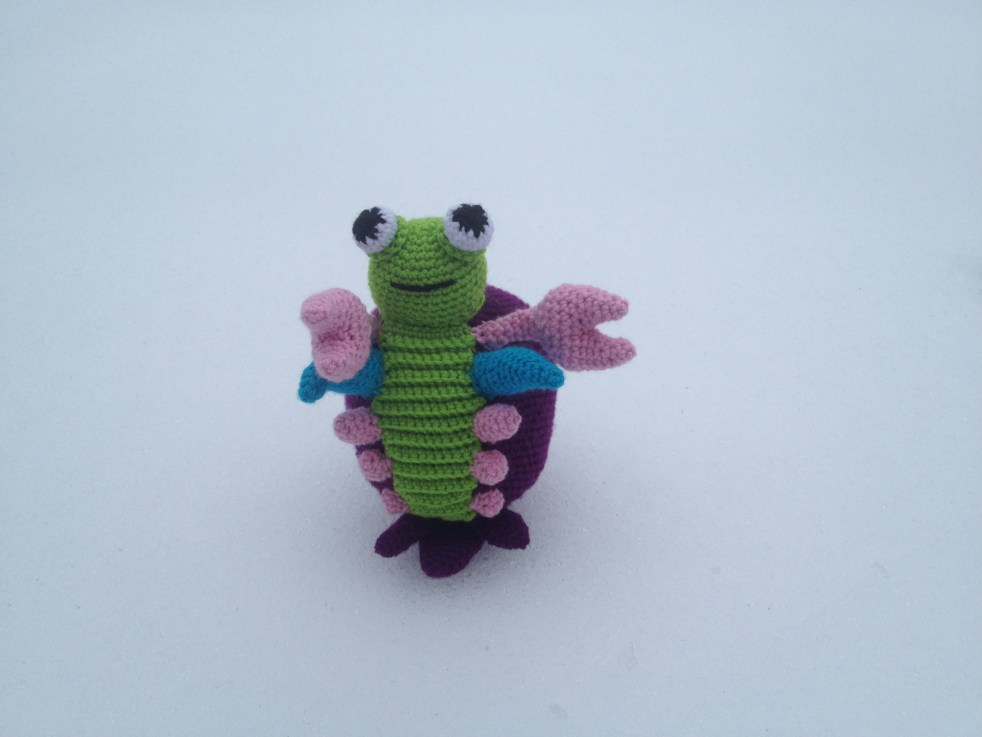 Crocheted mantis shrimp pattern