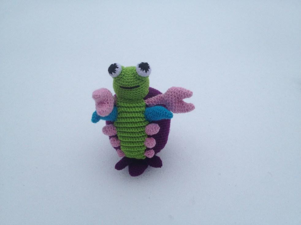 Crocheted mantis shrimp pattern