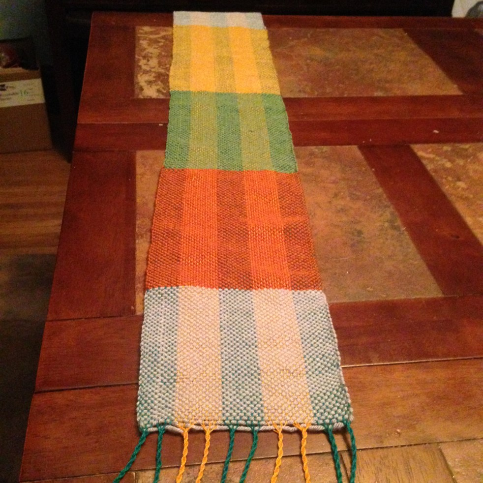 Finished woven scarf
