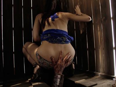 Zombie-Ass-2011-Movie-Image