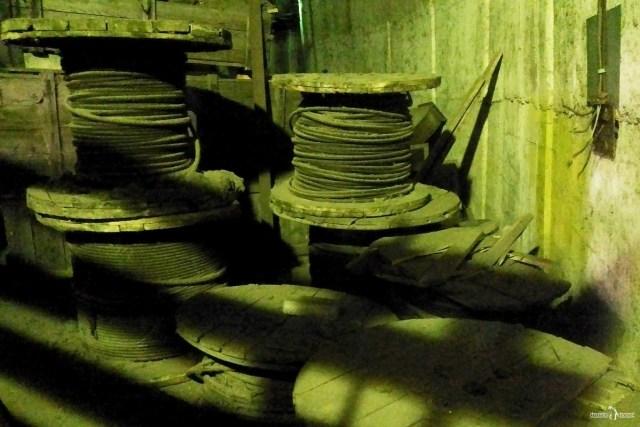 Киришская ГРЭС. Внутри трубы 320 м