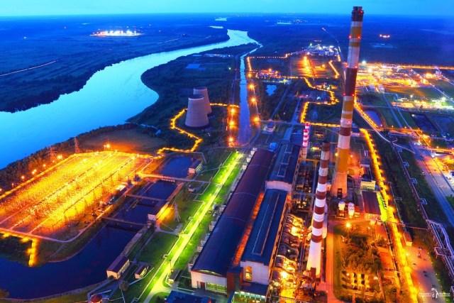 Самый высокий объект Ленинградской области. Труба 320 м. Киришская ГРЭС
