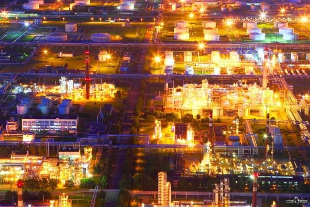Киришский нефтеперерабатывающий завод. Вид с трубы 320 м