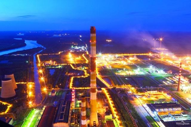 Киришская ГРЭС. Фото с трубы 320 м