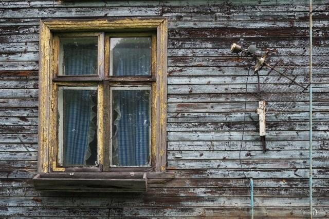 Окно старого дома. Беломорск