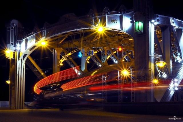 Большеохтинский мост. Санкт-Петербург. Кадр с длинной выдержкой