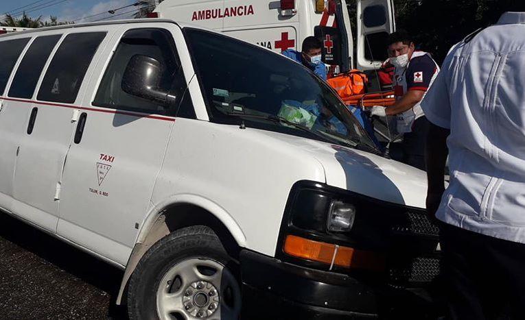 Imágenes fuertes | Ejecutan a un taxista en plena carretera Tulum-Playa del Carmen