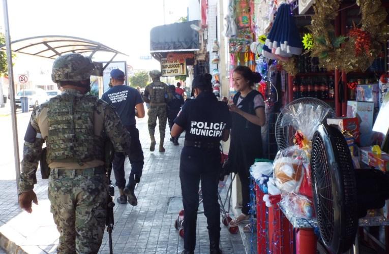 Refuerzan la seguridad en el primer cuadro de Playa del Carmen, Policía Municipal y la Guardia Nacional
