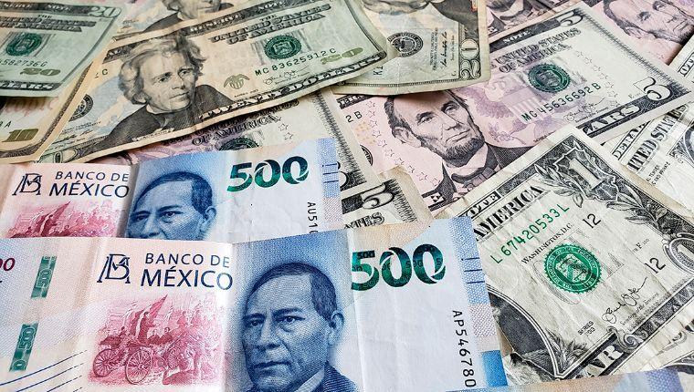 Peso acumula caída de 81 centavos por el coronavirus; dólar, en 19.37 unidades