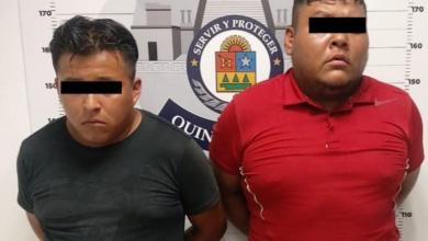 Photo of Detienen a par de asaltantes que huían en un taxi en la Región 233 de Cancún