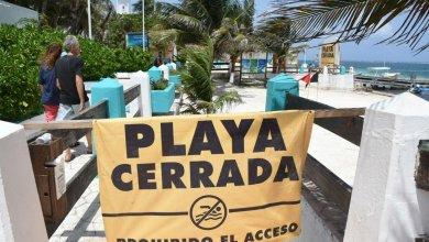 Photo of Llama Laura Fernández a portomorelenses a no arriesgarse y respetar las playas cerradas