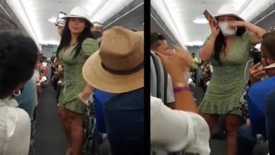 Photo of Reaparece Lady Covid ; pide disculpa tras vuelo en Cancún