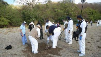 Photo of Autoridades mexicanas hallan fosas clandestinas en Guanajuato