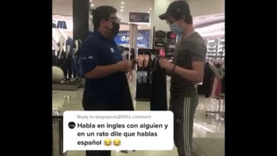 Photo of Video: Hace broma hablándole en inglés a empleado; lo critican en redes sociales