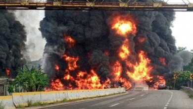 Photo of VIDEO: Explosión de pipa en Paraíso, Tabasco, deja cuatro muertos