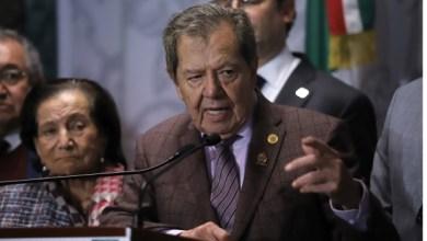 Photo of Muñoz Ledo acusa a Ebrard de tratar de quitar poder a AMLO