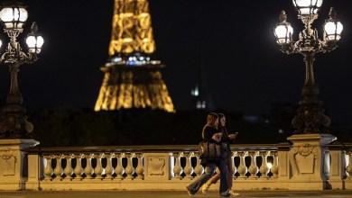 Photo of Francia inicia nuevo confinamiento con un llamado a la paciencia